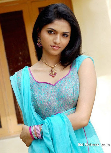 South Indian Actress Sunaina Photo-01