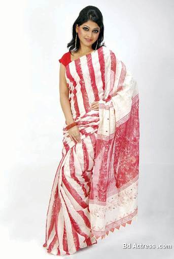 Bangladeshi Model Sarika in saree
