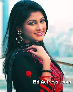 Bangladeshi Model Sarika pic
