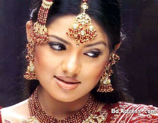 Bangladeshi Model Tisha weeding makeup