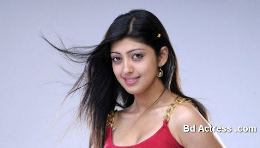 Glamour Model Praneetha photo