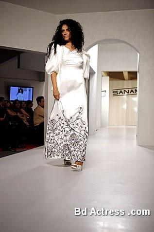 Pakistani Model Angeline Malik