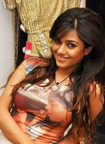 Glamour Model Nila Thumbnail