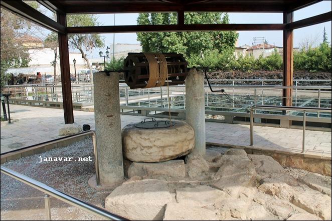 Der Brunnen des Apostels Paulus