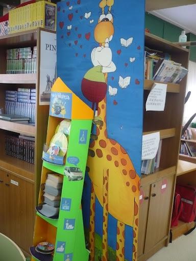 Rufina na biblioteca
