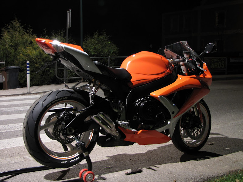 gsx r 600 750 suzuki gsx r k8 orange edition forum. Black Bedroom Furniture Sets. Home Design Ideas