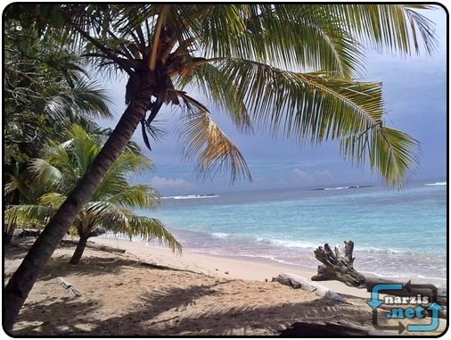 Wisata Pantai Papua