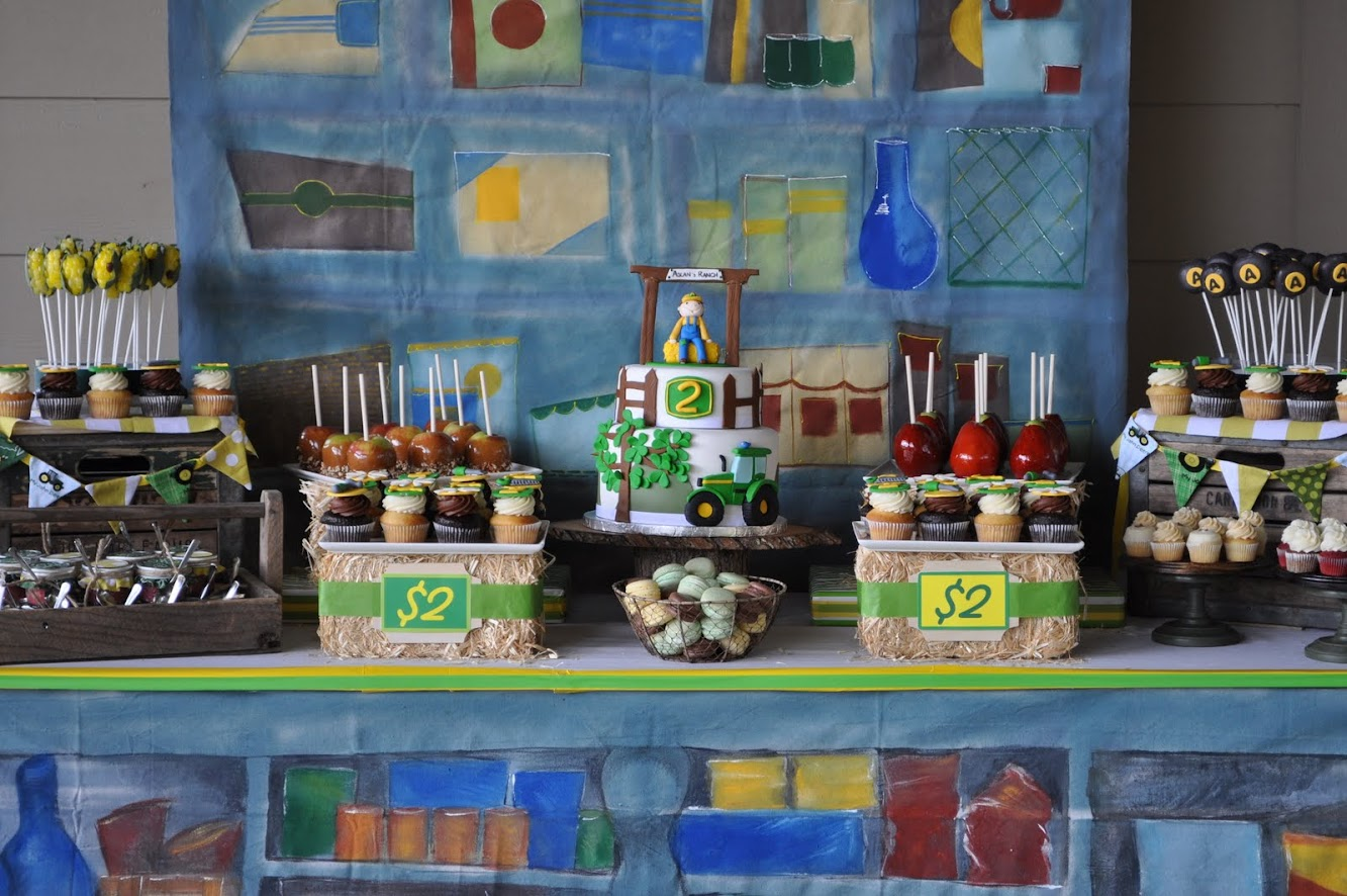 John Deere Dessert Table