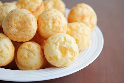 close-up photo of Brazilian cheese puffs