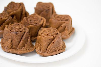 Chocolate Mochi Roses
