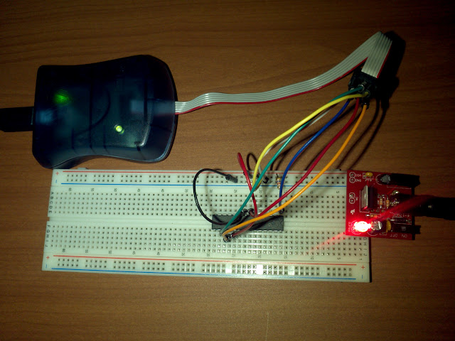 AVRISP mkII, breadboard and atmega328p circuit