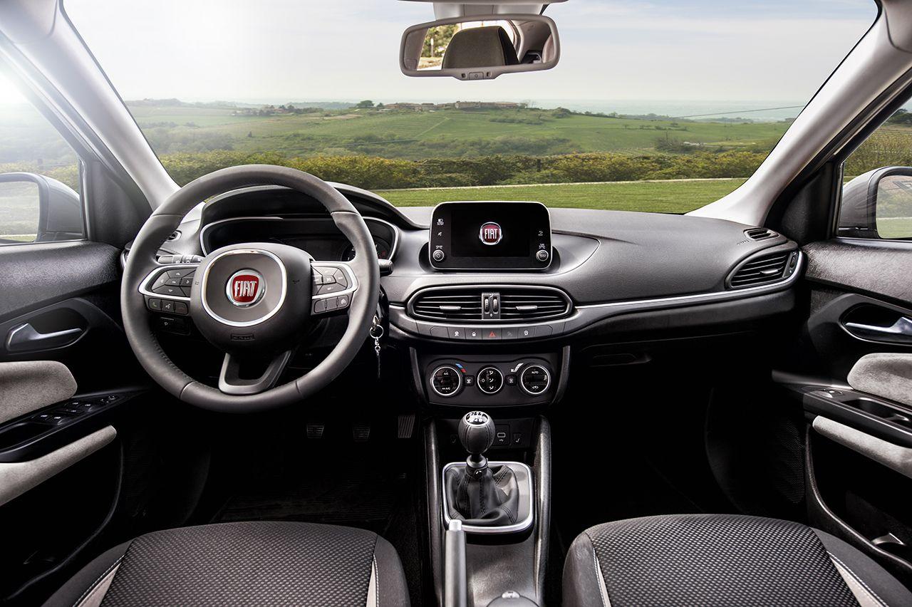 unutrasnjost Fiat Tipo Hatchback annus subotica