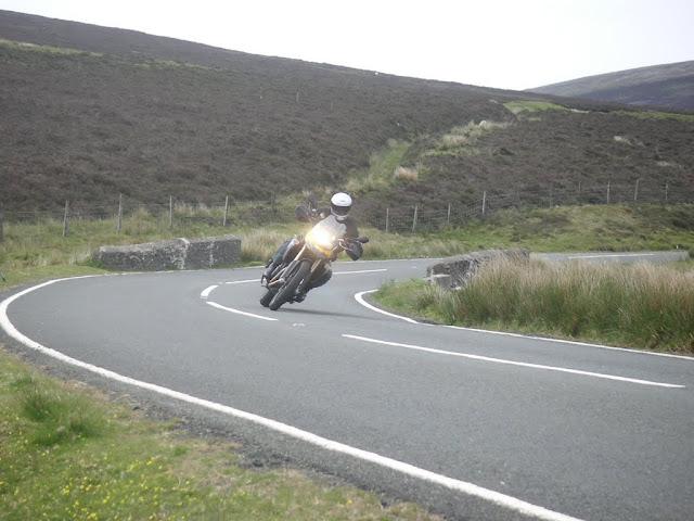 Vos plus belles photos de motos - Page 2 Pict2665