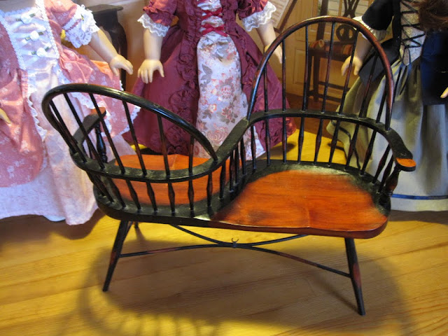 The Miniature Historian T 234 Te 224 T 234 Te Or Courting Chairs