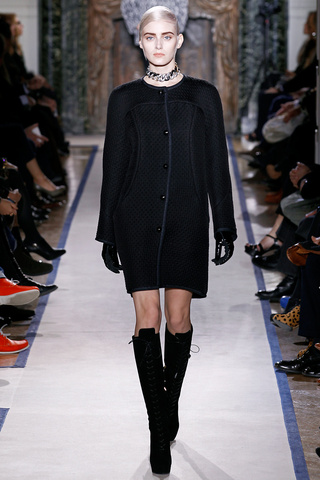 yves_saint_laurent___pasarela_931074296_