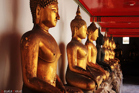 seating buddha