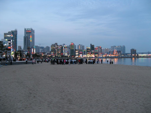 A Live Concert by the Hae-undae beach, Busan