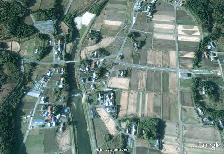 Séisme Japon - Page 3 Fukushima%203%20km%20south%20of%20power%20plant%202004