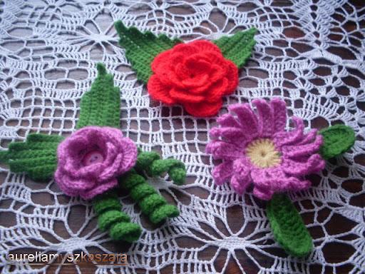 kwiat broszka