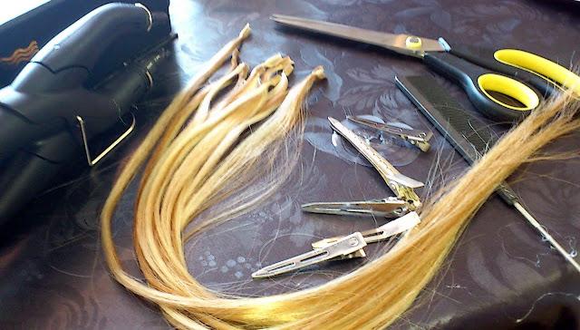Verktyg för att sätta hårslingorna