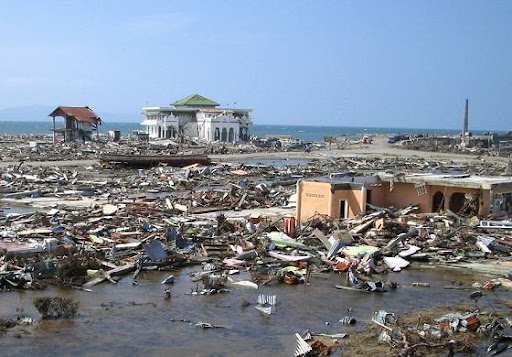 earthquake%20and%20tsunami%20on aceh indonesian 2004 Photo collection: Tsunami In Shooting Lens Impressions from around the World
