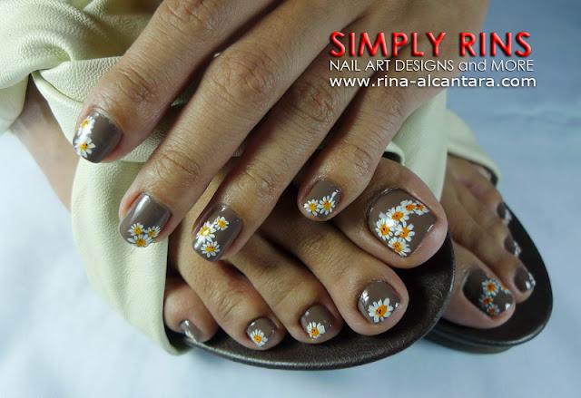 Daisies nail design 04