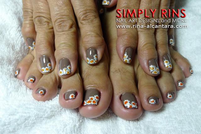 Daisies nail design 01