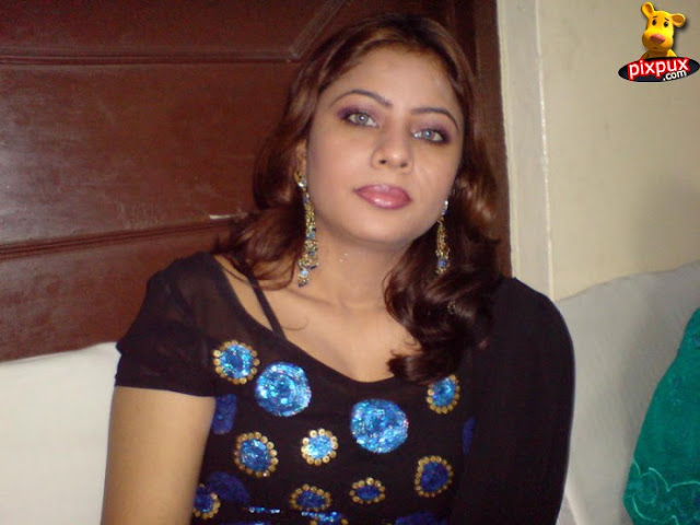 Indian aunty gallery