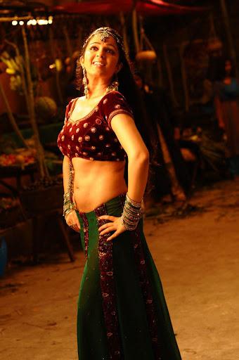 Charmy Kaur Dancing Stills neval show