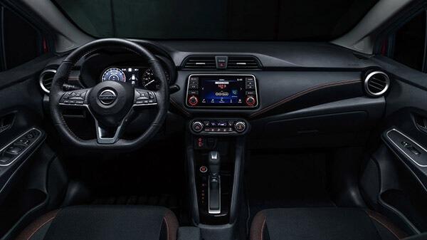 Hệ thống chỉ dẫn GPS và camera hiện đại tạo được ưu điểm lớn so với đối thủ cạnh tranh