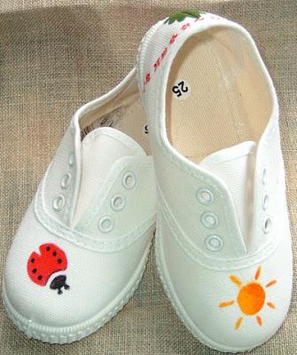 decorar las zapatillas con pintura