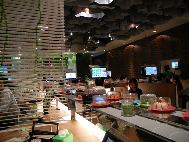 kaiten sushi conveyor belt