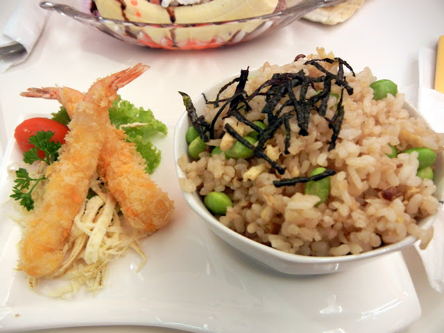 Japanese fried rice with Ebi Tempura