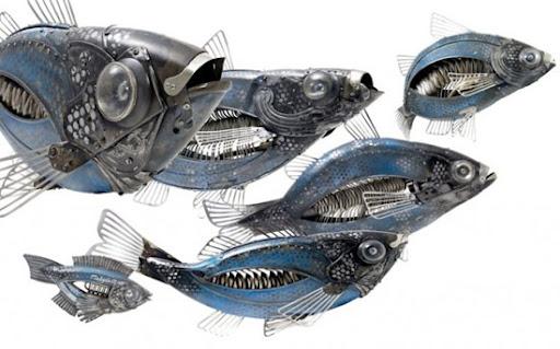 https://lh6.googleusercontent.com/_bKN77pn74dA/TW2637iNDbI/AAAAAAAAE54/M8i-idp-BxY/fish-sculptures.jpg