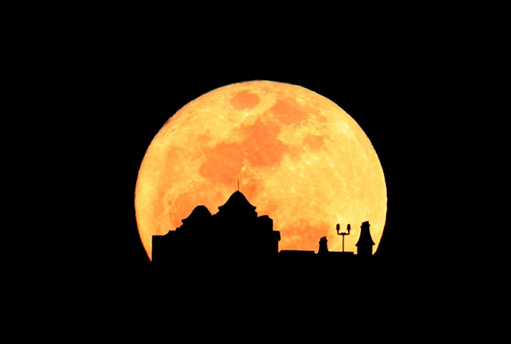 Pictures Of SuperMoon From Around The World