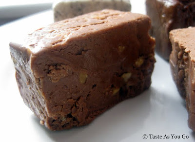 Snickers Fudge from Swiss Maid Fudge in Wisconsin Dells, WI - Photo by Taste As You Go