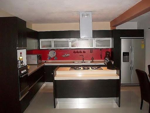 Cocinas cobi n for Cocinas integrales con isla al centro