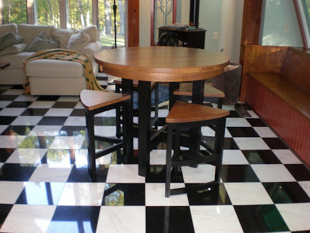 "42"" Barcelona Pub Table and Barstools in Midnight Oak & Medium Oak"