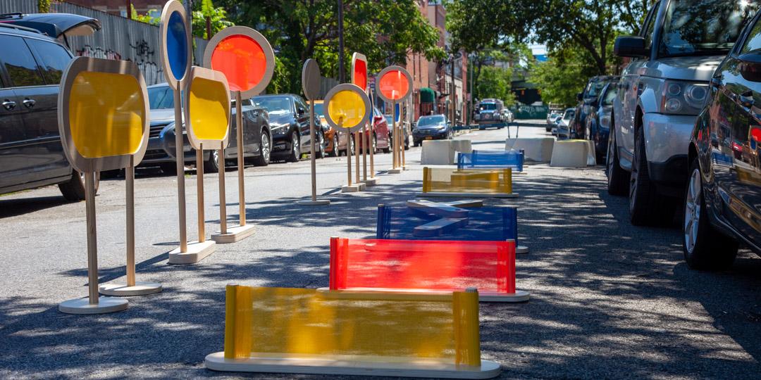 Pistas de obstáculos estão entre as principais adaptações na implantação de novas Play Streets. (Fonte: Street Lab/Reprodução)