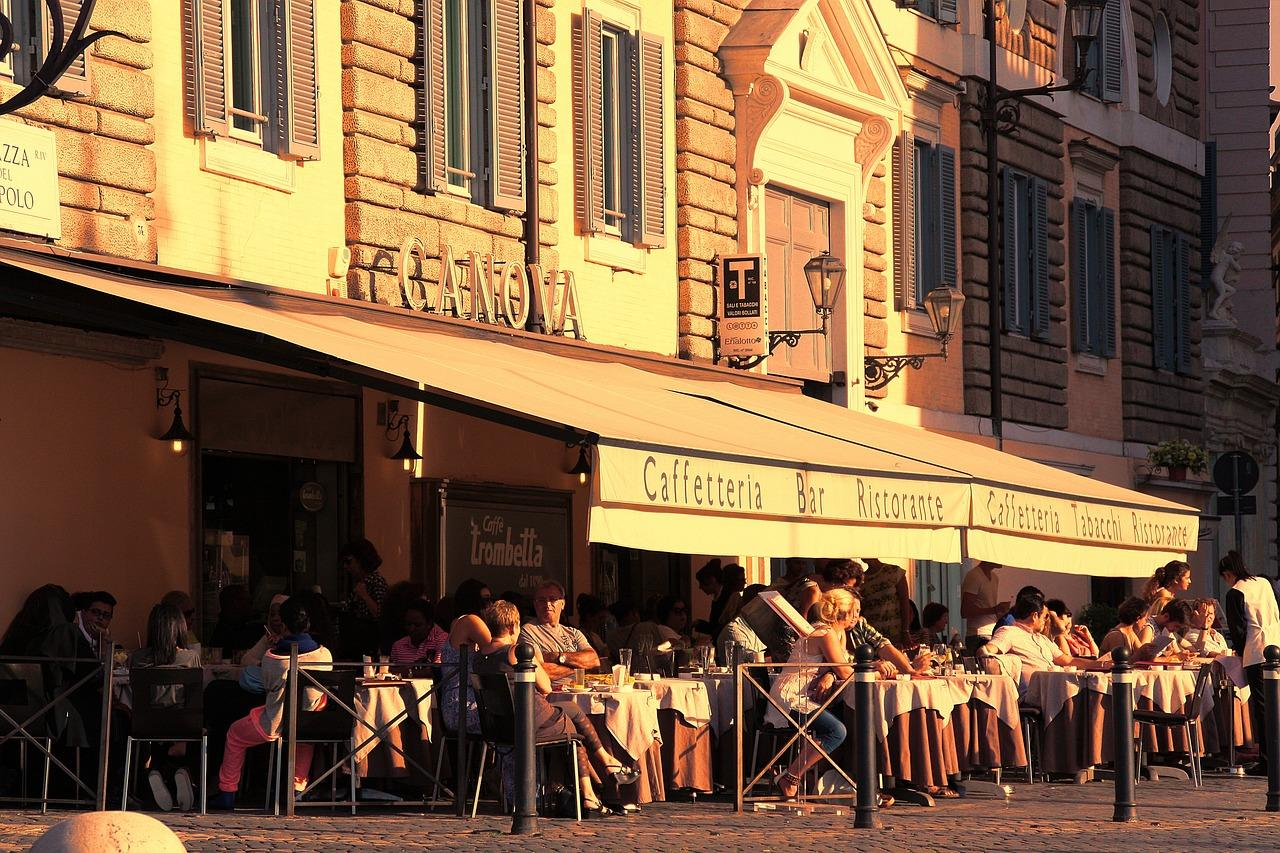 Why the Outside of Your Restaurant Is Just as Important