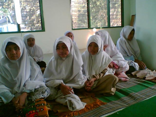 Ikatan Pelajar Nahdlotul Ulama - Ikatan Pelajar Putri Nahdlotul Ulama