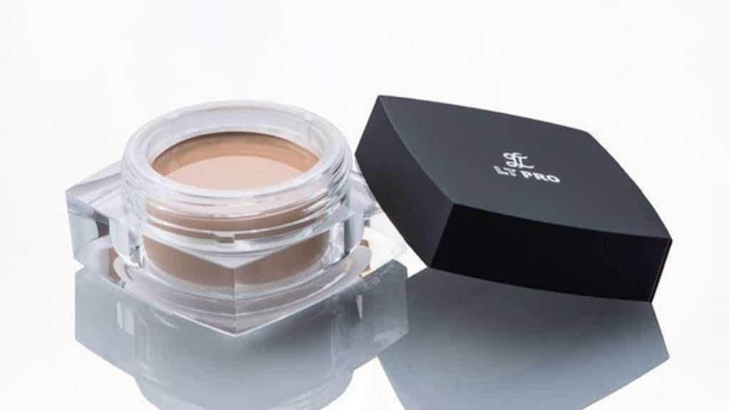 LT Pro Smooth Corrector Cream Foundation