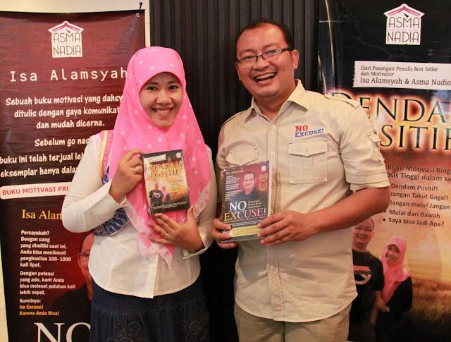Isa Alamsyah and Asma Nadia with No Excuse! and Dendam Positif