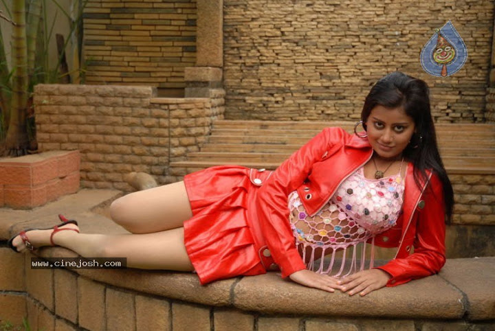 Tamil Movie Siva Sivaa Hot Stills