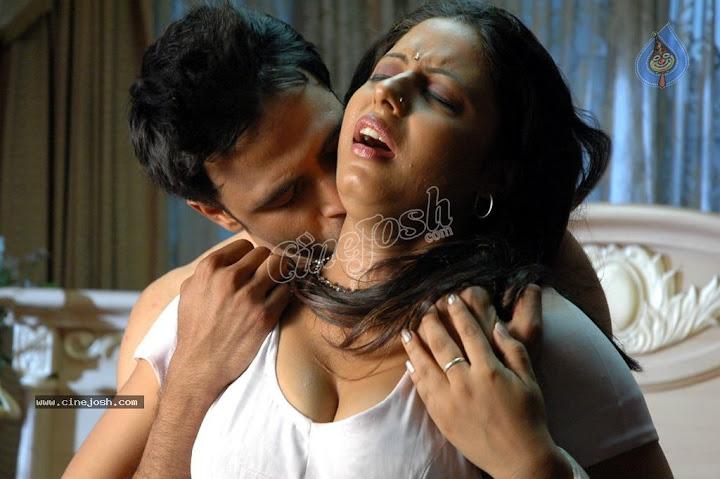 Sunakshi Hot Romance Photos From Nishabda Viplavam Movie