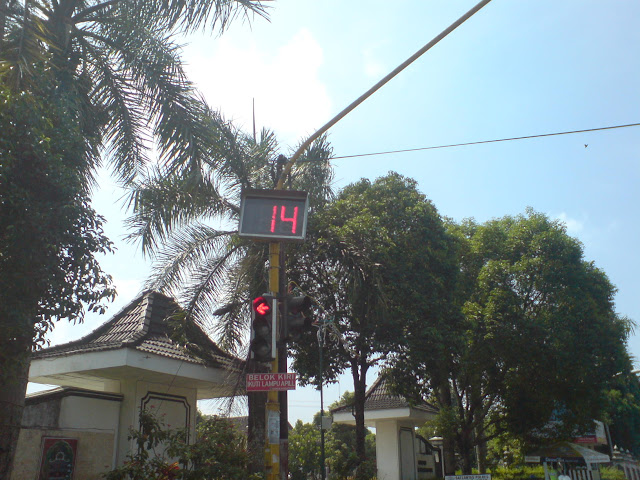 Count Down Timer Equipped Traffic Light