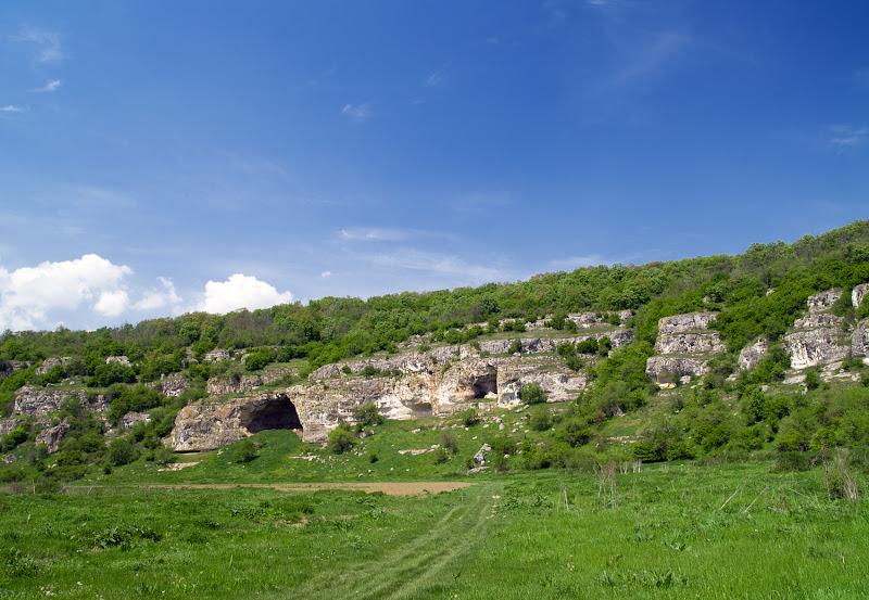 Пещери до Огняново