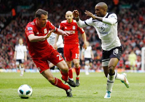 Jamie Carragher with Jermain Defoe, Liverpool - Tottenham