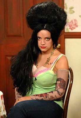 "Inglesas – To be, or not to be: existe um padrão de beleza ""Amy Winehouse""?"