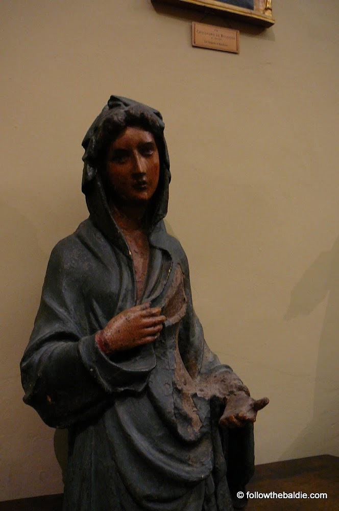 Anonymous C16th(?) virgin from <a href='https://picasaweb.google.com/111257672258796628424/DaviaBargellini'>Museo Davia Bargellini</a> (<a ='http://www.comune.bologna.it/iperbole/MuseiCivici/museicivici2000ita/collezionibar.htm'>official site</a>)